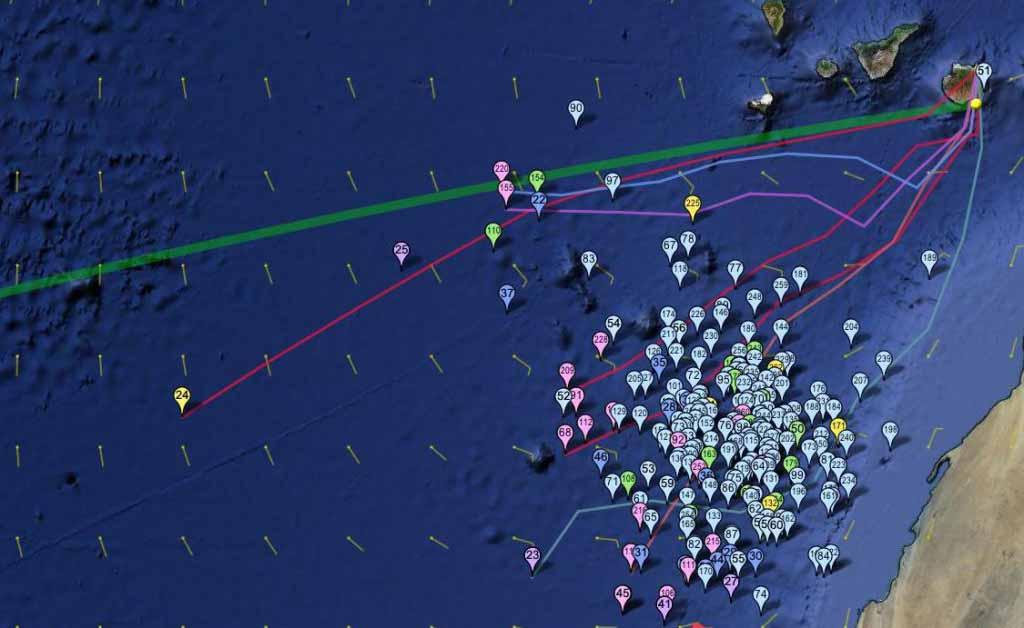 23 ноября, под номером 24 судейское судно. Двое из IRC Pacing дивизиона выбрали северный маршрут, обещавший ветер посильнее и побольше лавировки.
